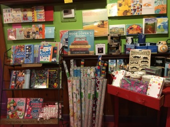 Books and gifts at Emack & Bolio's, Albany, New York | In Search of a Scoop