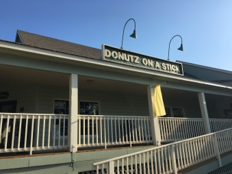 Donuts on a Stick Entrance, Duck, NC   In Search of a Scoop