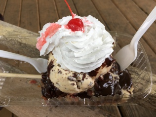 Donut sundae, Donuts on a Stick, Duck, NC | In Search of a Scoop