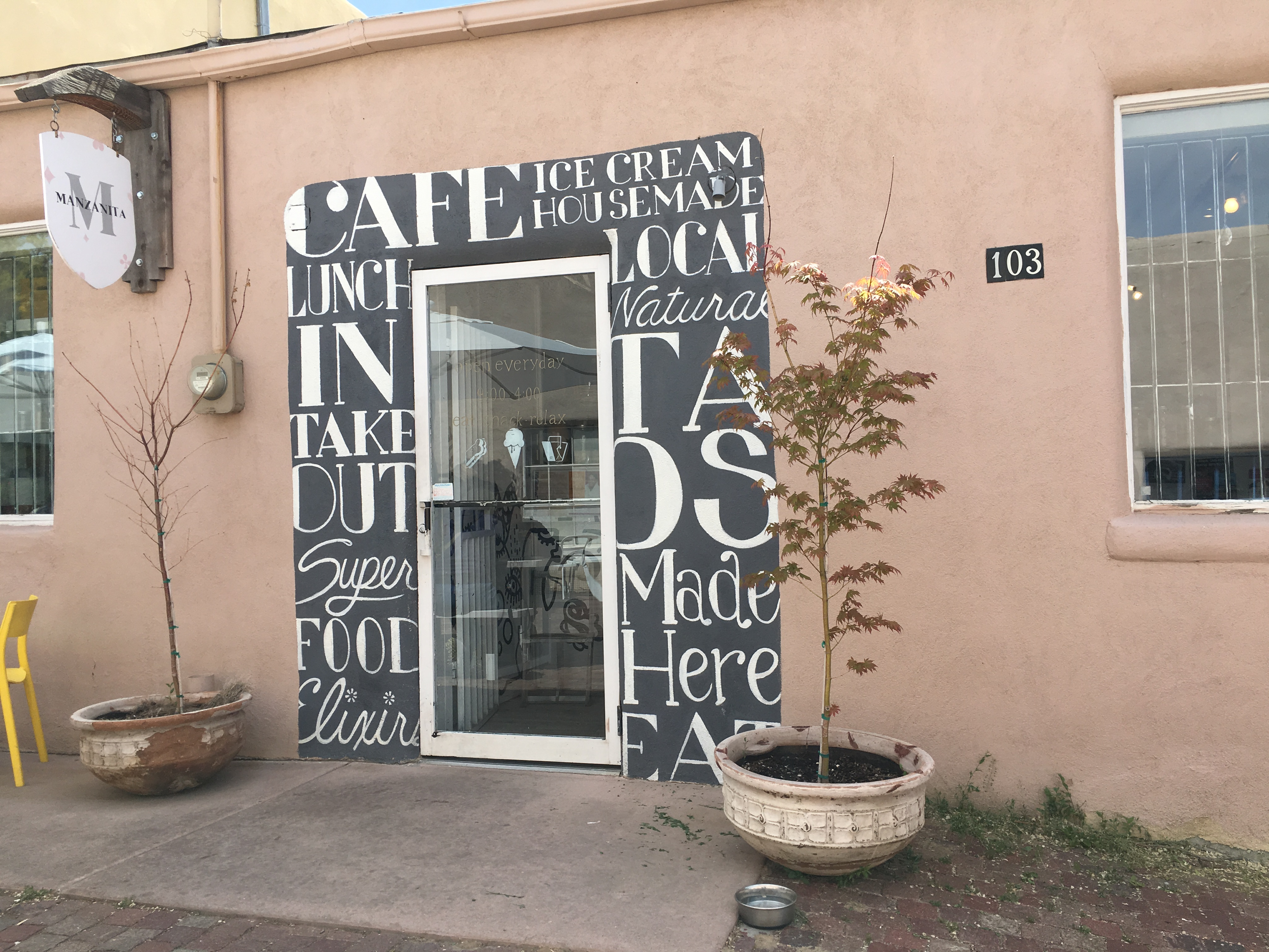 Manzanita Market, Taos, NM | In Search of a Scoop